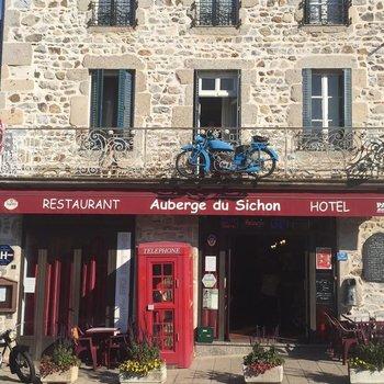 Auberge du Sichon SARL INDY